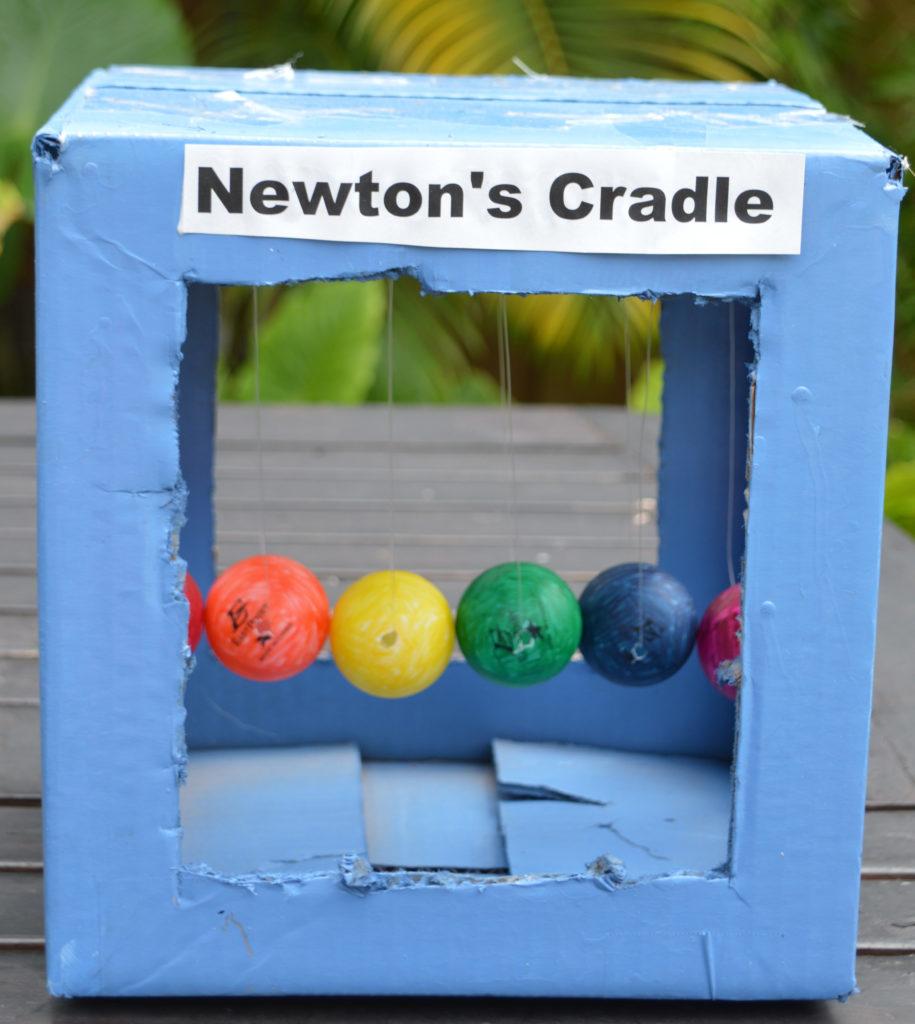 newtons-cradle